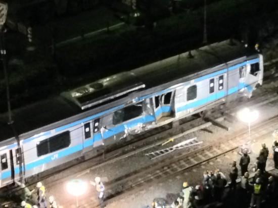 川崎京浜東北線脱線事故